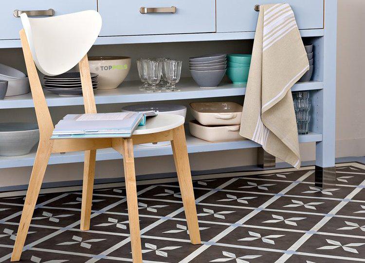 стул на кухне