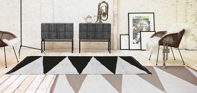 ковры с треугольниками