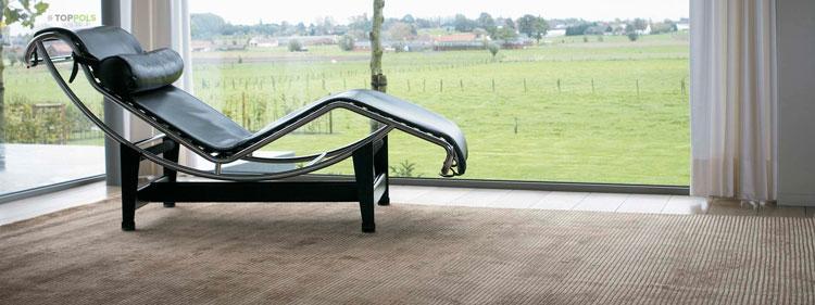 бамбуковый ковер в гостиной