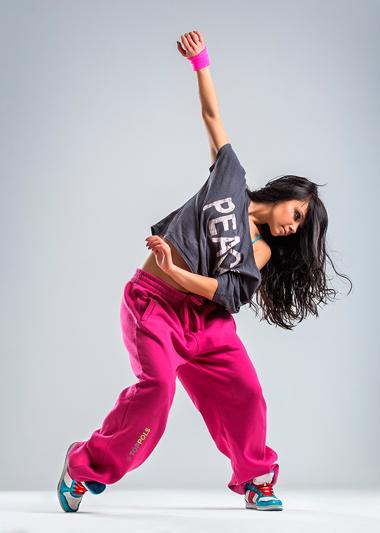 крутая танцовщица