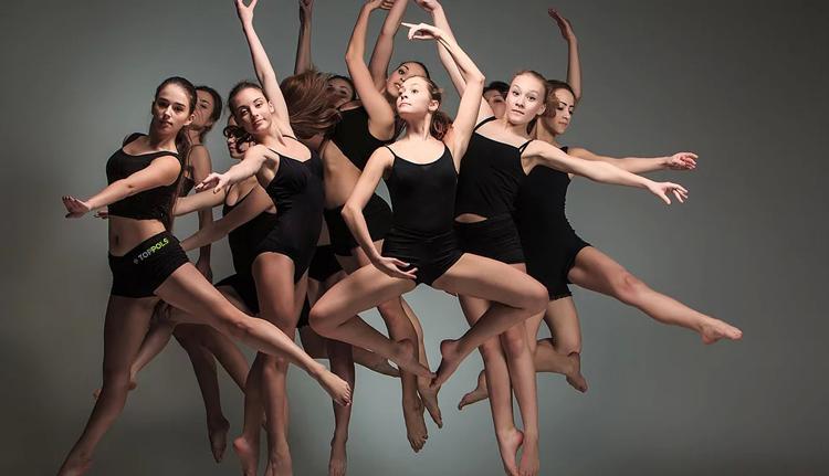 девочки тренировка танцы