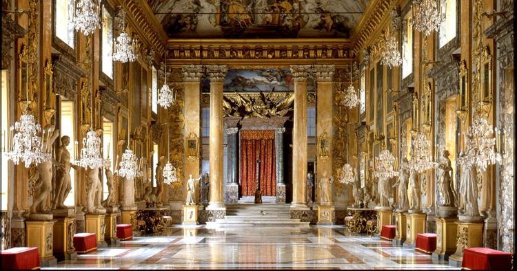 Дворец в Риме