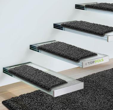 ковровое покрытие на лестнице