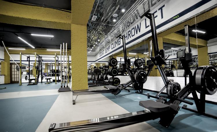 линолеум в фитнес зале