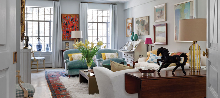 уютная разноцветная гостиная